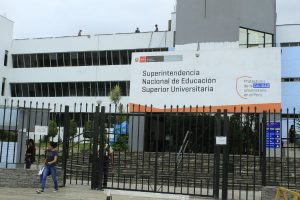Sunedu detecta 46 carreras ilegales y tres falsas universidades