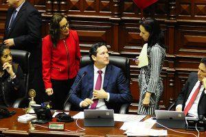 Salaverry blinda a Edwin Oviedo en el Congreso