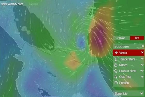 Nicaragua en estado de emergencia por huracán y tsunami