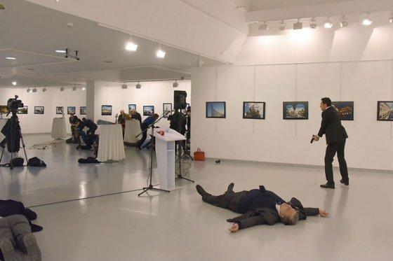 Turquía: asesino del embajador ruso era policía
