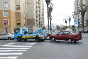 Vehículos mal estacionados serán llevados al depósito