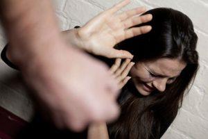 Gobierno crea comisión que propondrá acciones para combatir la violencia contra la mujer