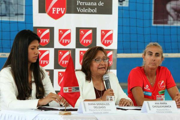 Gobierno firma convenio con la FPV para proteger a voleibolistas
