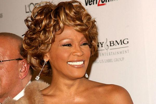 Whitney Houston habría sufrido abuso sexual