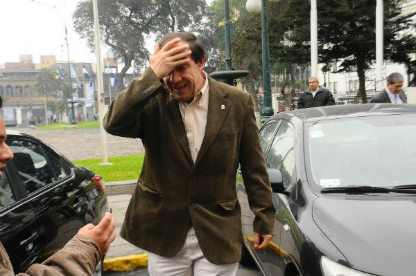 Yonhy Lescano: Juzgado de Familia otorga medidas de protección a periodista