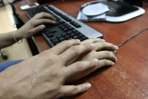 MTC: Línea gratuita para denunciar hostigamiento sexual en el trabajo