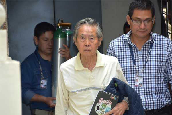 Alberto Fujimori con restricciones por caso Pativilca