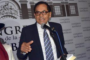 Alberto Quintanilla no cree que César San Martín merezca una denuncia constitucional
