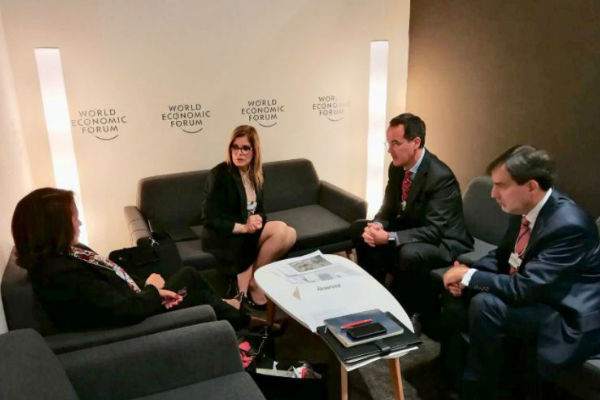 Mercedes Aráoz ya participa del Foro Económico Mundial