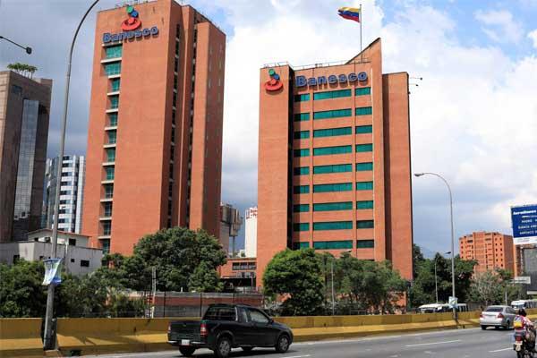 Venezuela arresta a 11 ejecutivos de Banesco