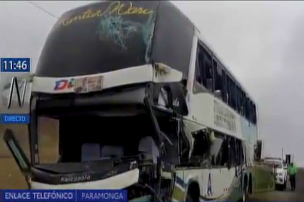 Barranca: Accidente vehicular deja 10 personas heridas en Paramonga