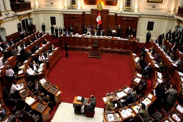 Pleno del Congreso debate hoy admisión del pedido de vacancia presidencial
