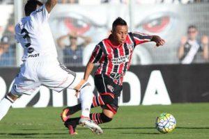 Christian Cueva molesto con Sao Paulo por no aceptar oferta de otro club