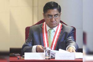 Poder Judicial ordena a César Hinostroza impedimento de salida del país