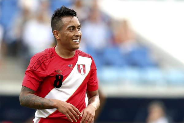 Christian Cueva: Este lunes se sabrá si llega al Independiente de Argentina