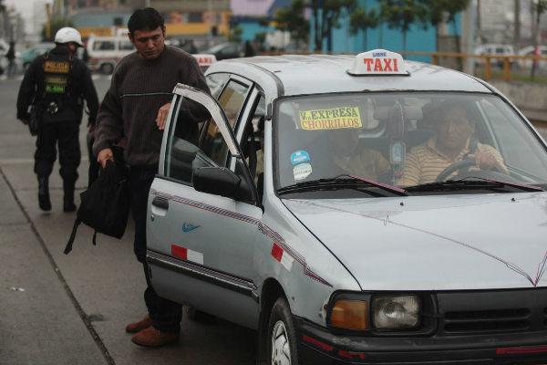 PNP brinda recomendaciones para evitar ser víctimas de falsos taxistas