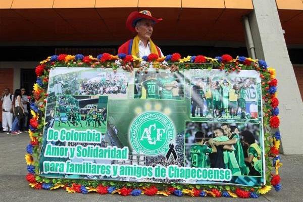 Colombia: emotivo homenaje al Chapecoense (VIDEO)