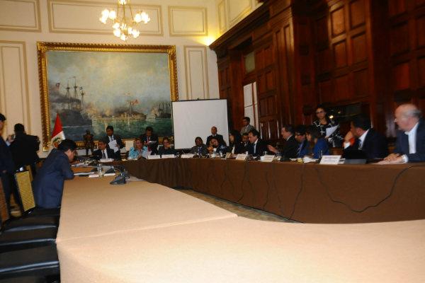 Congreso cita a autoridades académicas por licenciamiento de universidades