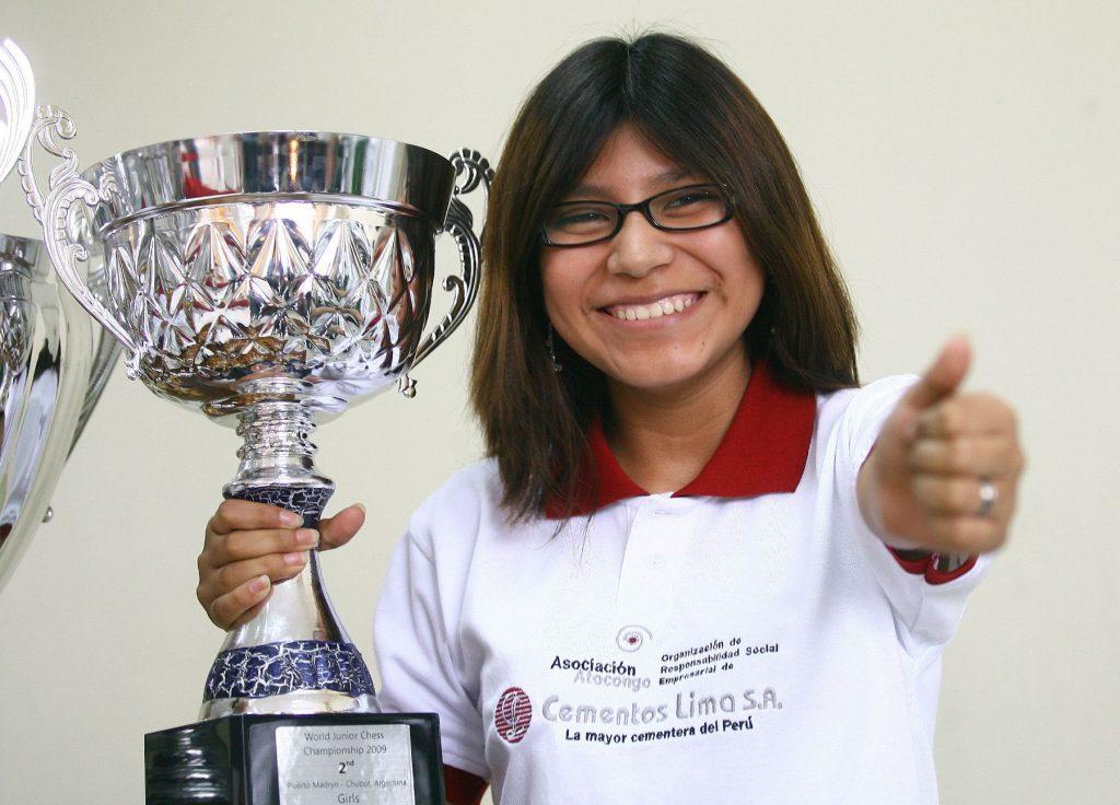 Deysi Cori campeona continental de ajedrez