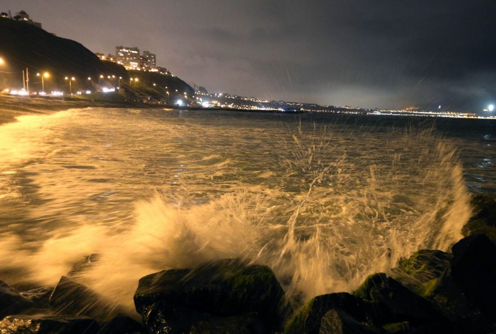 Costa Verde cerrada por alerta de tsunami