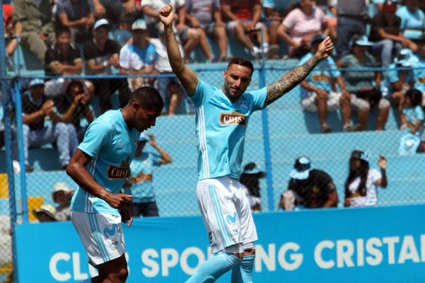 Cristal imparable en el Torneo de Verano al golear al Ayacucho FC