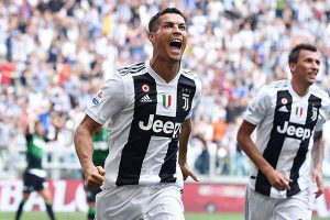 Champions League: Cristiano Ronaldo con la Juventus visita al Valencia