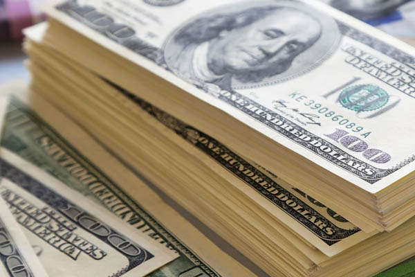 Dólar seguirá bajando a S/ 3.18 el próximo año