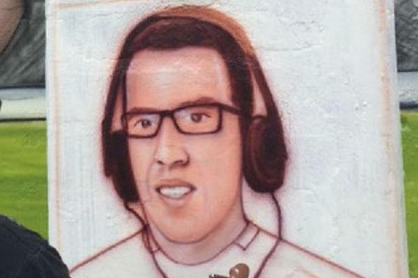 Daniel Peredo es retratado en un mural en el Callao
