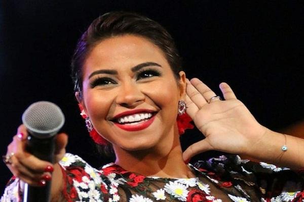 Condenan a la cárcel a una famosa cantante egipcia por ironizar sobre el Nilo