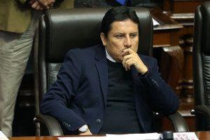 Militantes apristas exigen expulsión de Elías Rodriguez del partido