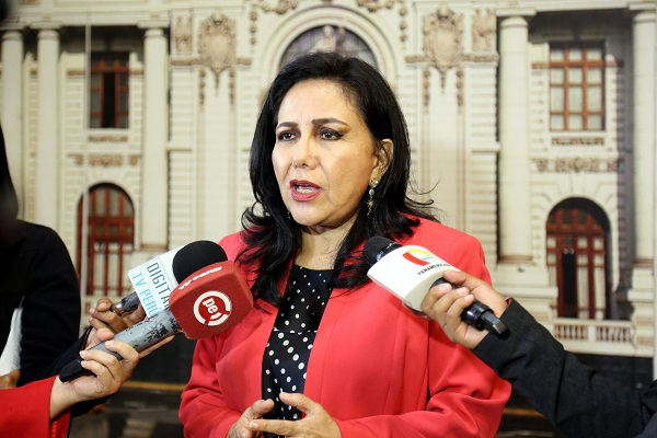 Fiscal implora ayuda a ministra Montenegro