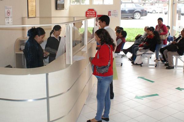 Reducirán tiempo de espera de pacientes en hospitales