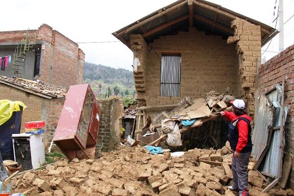 Más de 20,700 casas colapsan por lluvias e inundaciones