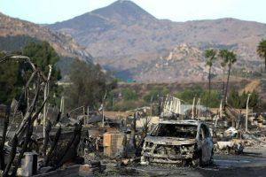 California: Incendio forestal ya cobró su primera víctima
