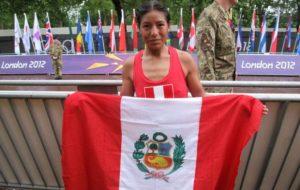 Inés Melchor gana maratón de Santiago de Chile.