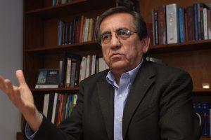 """Jorge del Castillo: """"Ejecutivo debe  tomar iniciativa y  tender puentes"""""""