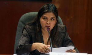 """Karina Beteta: """"Si eres de Fuerza Popular te saltan a la yugular"""""""