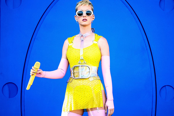 Katy Perry protesta por armas