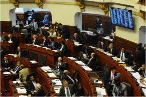 Congresistas reaccionan a criticas del próximo cardenal Pedro Barreto