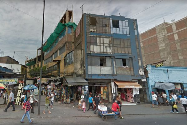 Solicitan permiso para demoler edificio de 1.2 metros en Av. Abancay