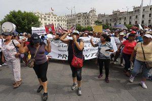 Protestan contra ley que elimina leche evaporada