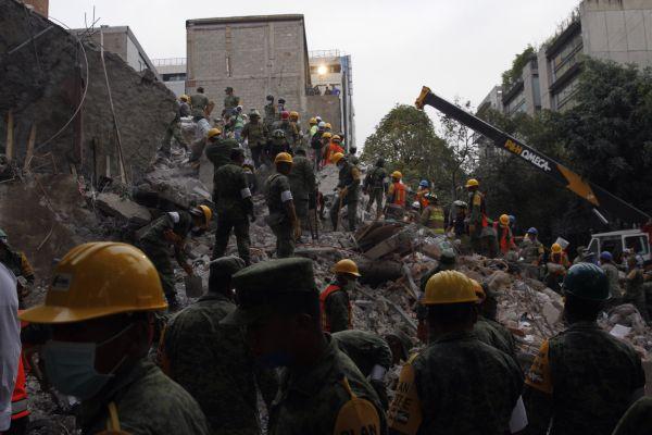 Terremoto en México ya reporta al menos 225 muertos
