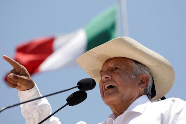 López Obrador amplía ventaja a 26 puntos