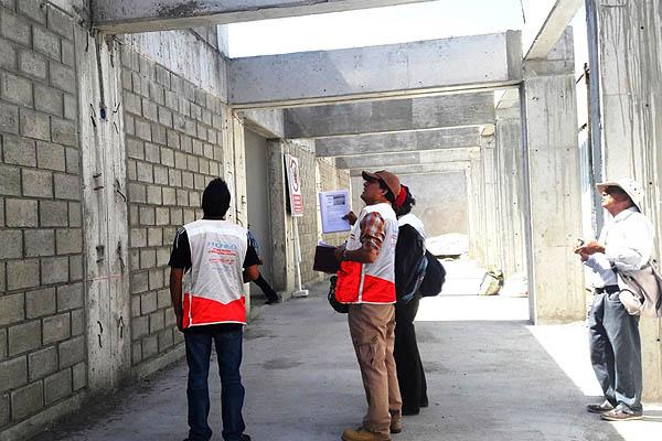 Más de 27,000 colegios deben ser demolidos
