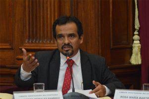 Denuncian que Humberto Morales busca debilitar Comisión Lava Jato