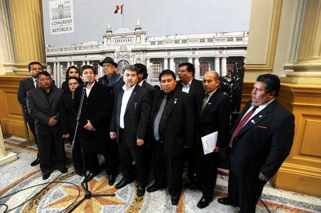 """Nacionalistas responden por las """"agendas de Nadine Heredia"""""""