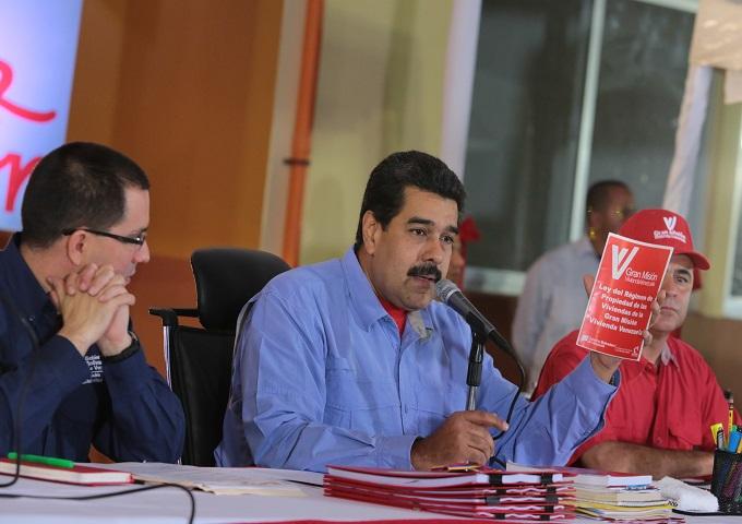 Nicolás Maduro: Internacionalista Juan Velit analiza el supuesto atentado
