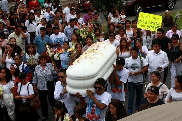 Colegio de Periodistas condena difusión de imágenes de niña asesinada