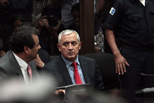 Guatemala: Presidente renunció y es encarcelado