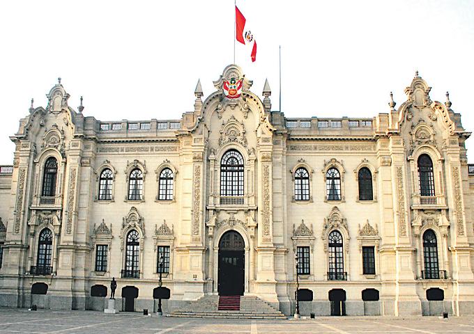 Decreto legislativo fortalece la UIF